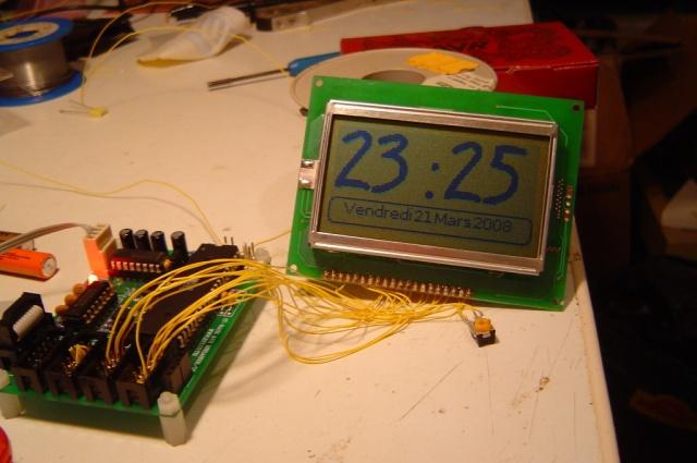 http://jkx.larsen-b.com/photos/AlarmClock/DSC02816_003.sized.jpg